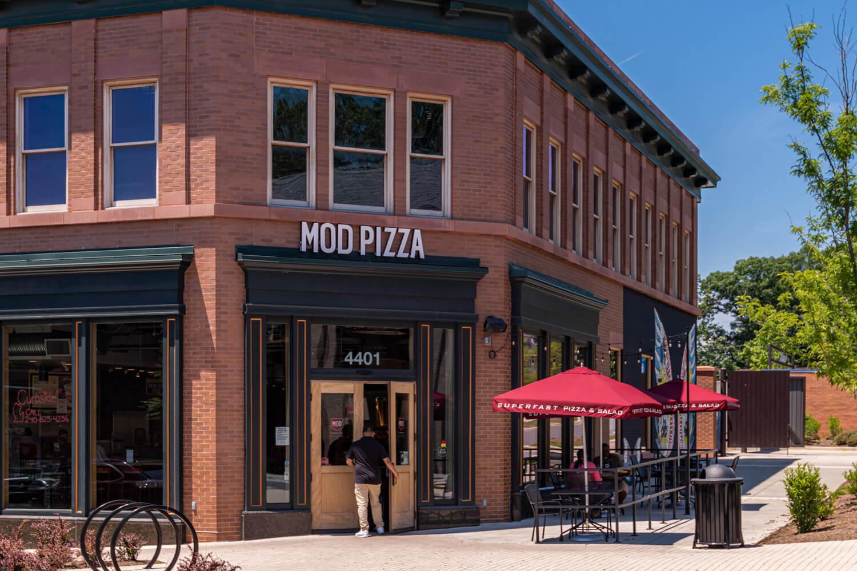 Grab a slice at Mod Pizza